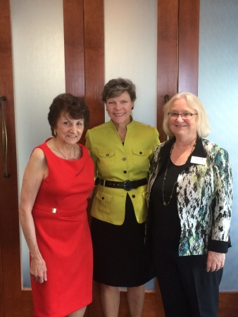 Former WFYI Board Chair Yvonne Shaheen and Board Member Brenda Horn with NPR's Cokie Roberts