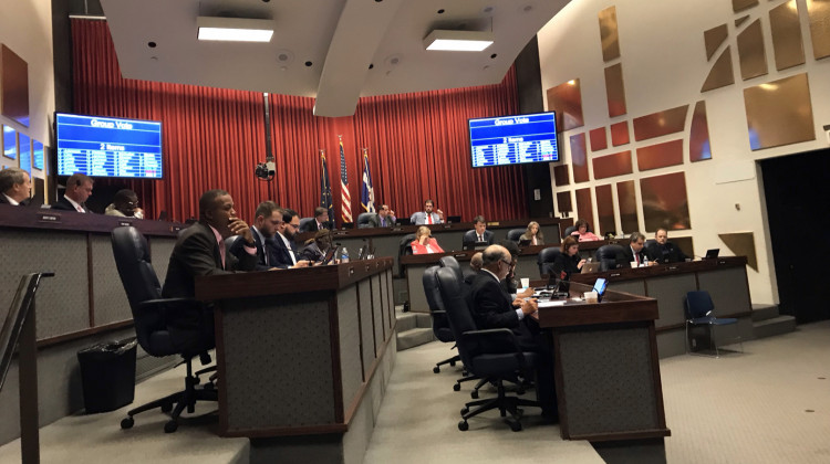 Indianapolis Council Re-Elects Democratic Leadership, Cuts Free Parking Hours