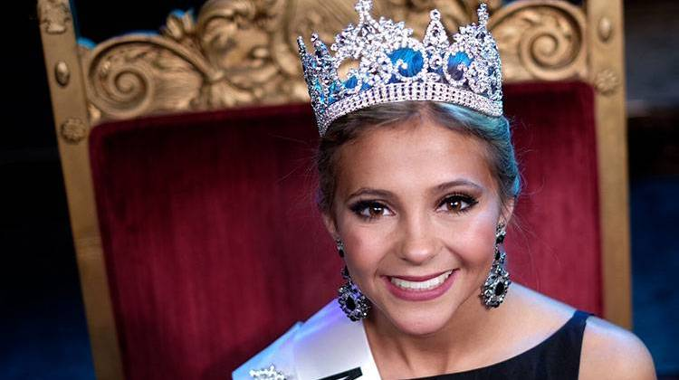 Indiana State Fair Crowns Its 2016 Queen