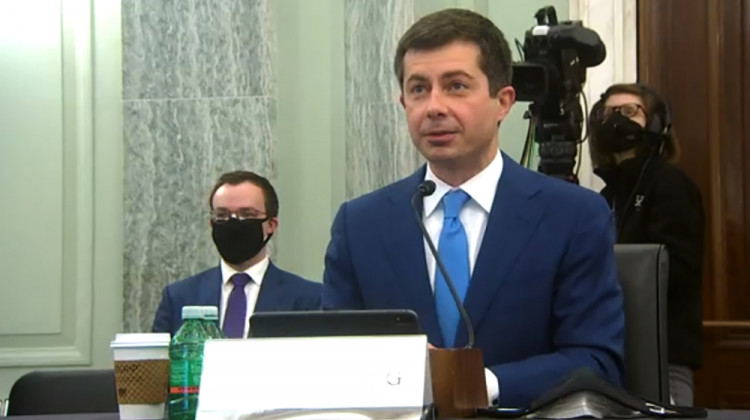 Buttigieg Promises To Work With Congress To Rebuild Infrastructure