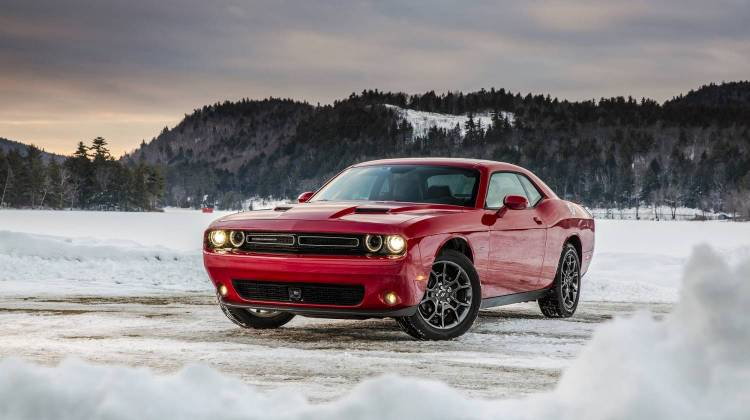 Dodge Challenger Gt Awd Swoons At Snow