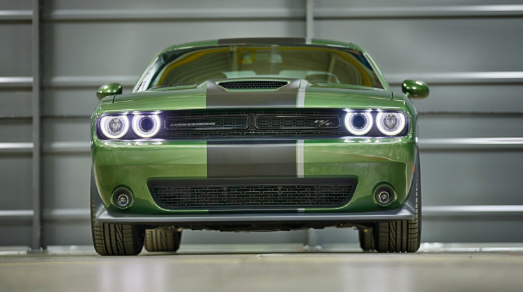 2019 Dodge Challenger Gt Awd Is A Civilized Muscle Car
