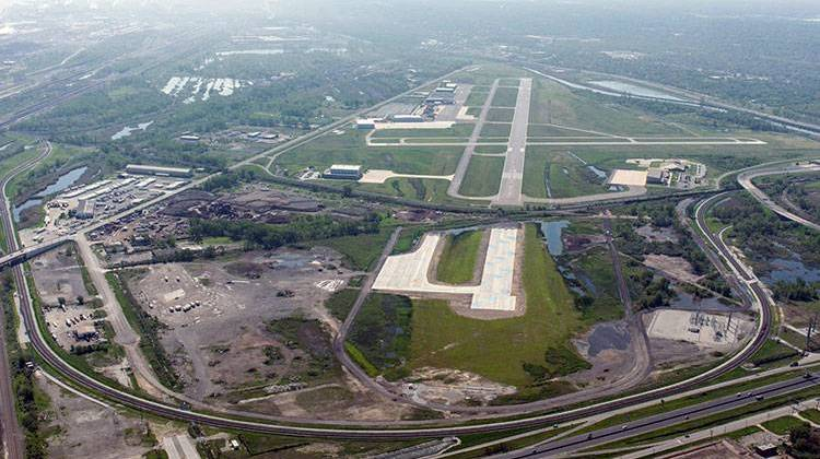 EPA Crews Wrap Cleanup Of Tainted Site Near Gary Airport