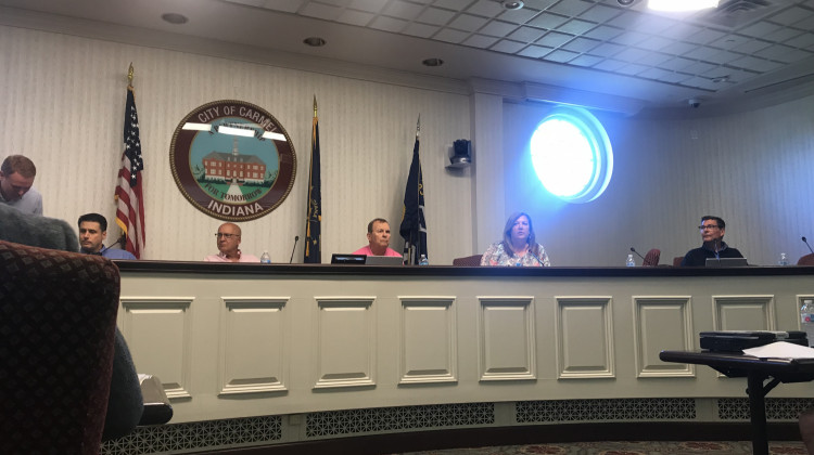 Carmel City Council Reviews E-Cigarette Ordinance