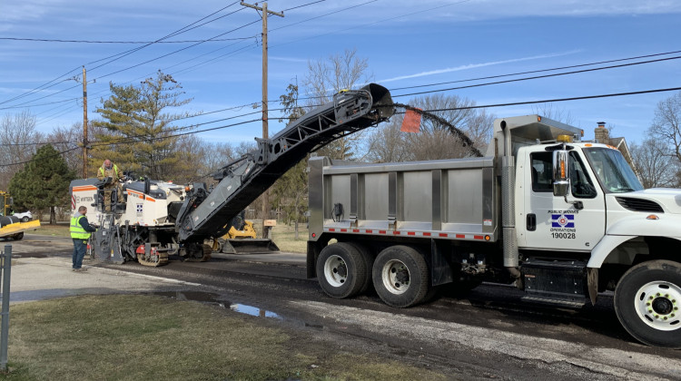 DPW Starts Spring Road Maintenance