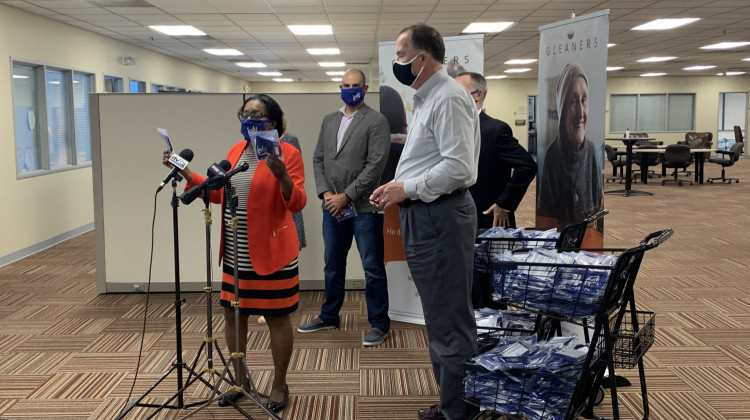 Indianapolis And Gleaners Food Bank Distribute Face Coverings To Support New Mandate