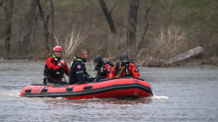 Teen's Body Recovered After Indianapolis Canoeing Accident