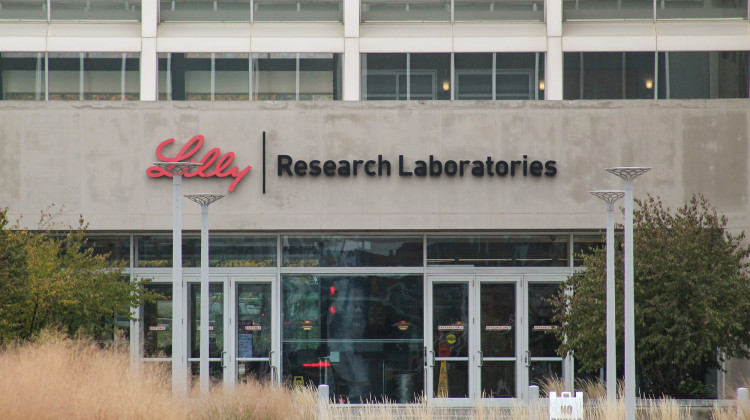 Eli Lilly Gets Emergency Authorization From FDA For COVID-19 Antibody Treatment