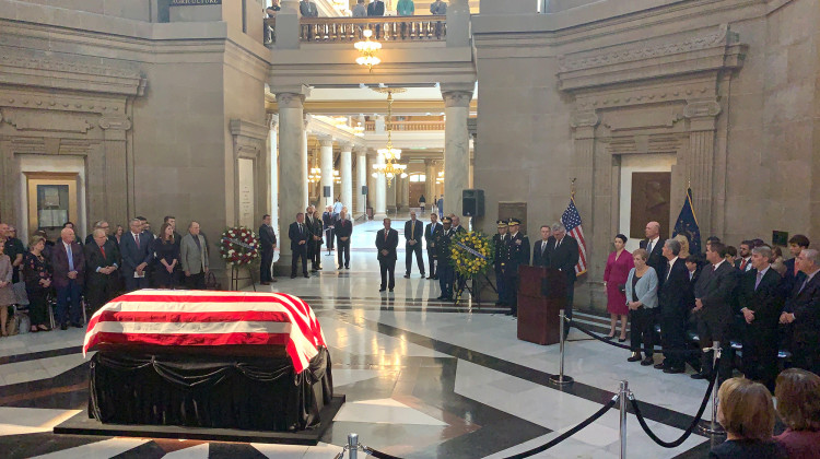 Former Sen. Richard Lugar (R-Ind.) lies in state at the Indiana Statehouse.  - Brandon Smith/IPB News