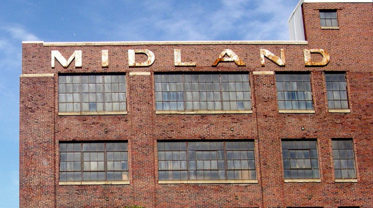 Midland Antiques Stays Strong In Pandemic