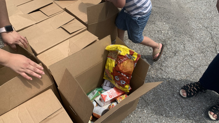 Local Partnership Provides Food Boxes For Southside Families