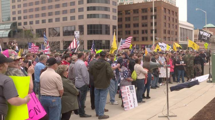 Gun rights supporters brave blustery day to rally in Wyoming
