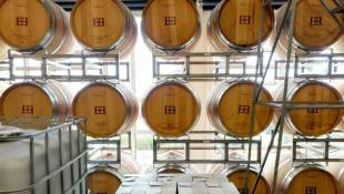 Indiana Wineries Opt For Local Flavor Over Wholesale Fame