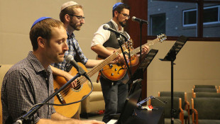 Evansville's Jewish Folk-Rock Band Keeps It Groovin'