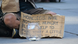 Judge Blocks New Indiana Panhandling Law From Taking Effect