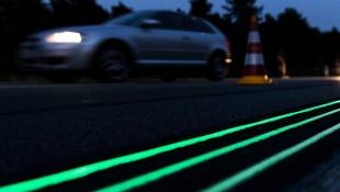 Dutch Test Glow-In-The-Dark Road Of The Future