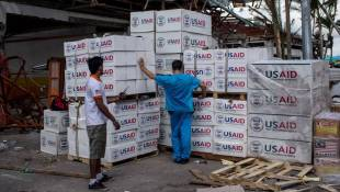 Philippines Disaster Rekindles Fight Over Food Aid Rules