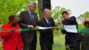 State, Federal Politicians Celebrate Indiana Dunes National Park