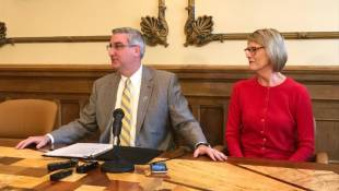 Holcomb Vetoes Bill Creating Public Records Search Fees