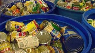 Food Service Groups Report Lower Donations This Holiday Season
