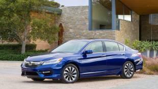 Honda Accord Hybrid Doesn't Look A Day Over 29