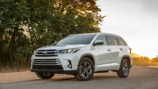 Toyota Highlander Hybrid Stretches Extremes