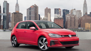 VW Golf GTI Tears Up The American Autobahn