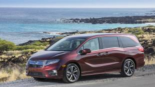 Honda Odyssey Embraces Vintage Tech