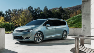 Chrysler Pacifica Hybrid Is No Conestoga