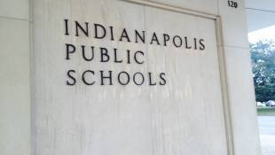IPS Students May Face Software 'Glitch'  On First Day Of Remote Learning