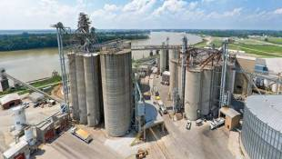 Soybean Barge Company Expands Ohio River Processing Plant