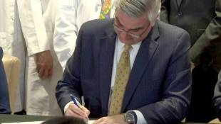 Holcomb Signs Bill To Reduce Infant Mortality, Standardize Care