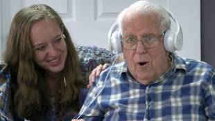IU Students Use Music To Help Seniors With Dementia Connect