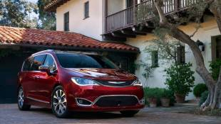 Chrysler Pacifica Is One Beautiful Mini-Van