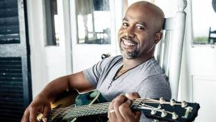 Darius Rucker To Perform National Anthem At 100th Indianapolis 500