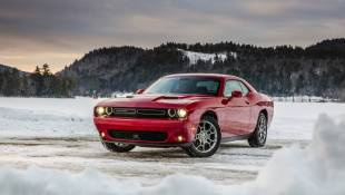 Dodge Challenger GT Flaunts All-Season Muscle