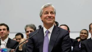 JPMorgan To Front Customers If Federal Shutdown Drags On