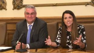 Holcomb Creates New Cabinet Position For Talent Recruitment