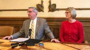 Holcomb Pulls State Out Of Cell Tower Deal