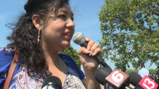 Faith Leaders Rally, Support Woman Facing Deportation