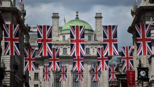 Money, Hate And Hard Feelings: Brexit Fallout Continues In U.K., Europe