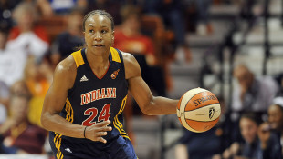 Catchings Inducted Into Naismith Basketball Hall Of Fame