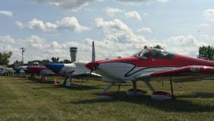 Hoosiers Flock To Wisconsin Airshow