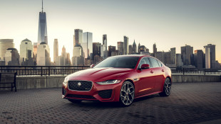 2020 Jaguar XE Is A Cozy Little Cat