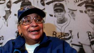 Indianapolis Clowns Pitcher Mamie 'Peanut' Johnson Dies At Age 82
