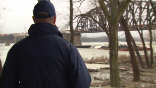 Army Corps Removing Sunken, Stuck Coal Barges From Ohio River