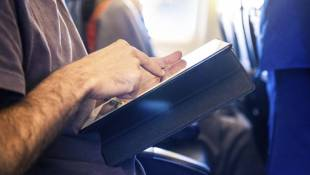 FAA Says Fliers Can Safely Use Most Electronics