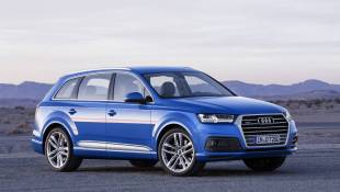 Audi Q7 Jets Across Holiday Gatherings