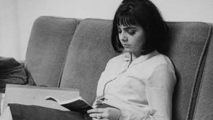 Why Aren't Teens Reading Like They Used To?