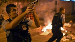 7 Weeks Before World Cup, Rio Is Rocked By Riot